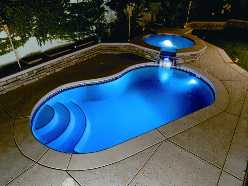 Fibreglass Swimming Pool | Trendy and Easy to Transfer