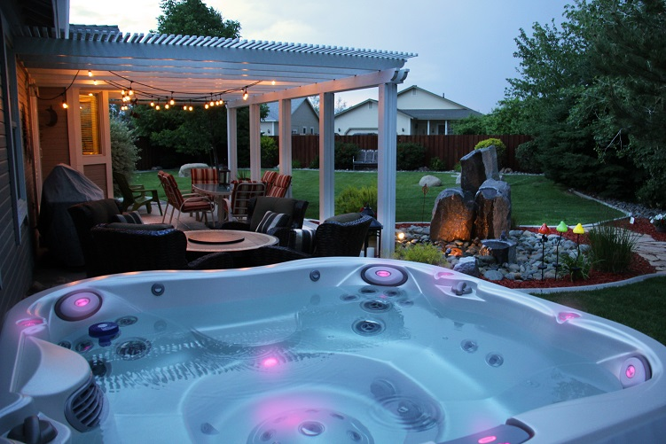 Hot tub and spa pool luxury lifestyle at your home - Swimming pool specialist malaysia ...